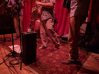 uc516_day_39_barefoot_jazz